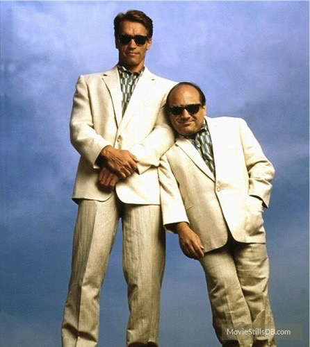 Arnold Schwarzenegger & Danny Devito in the movie Twins